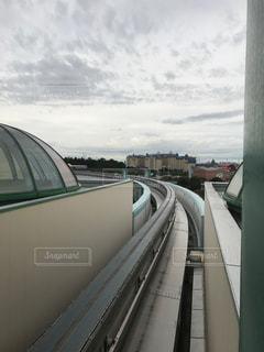 舞浜駅にあるモノレールの線路の写真・画像素材[1549240]