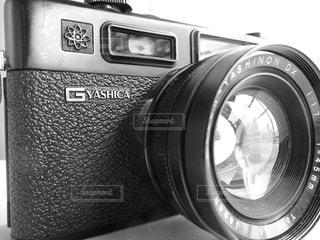 ヤシカのフィルムカメラの写真・画像素材[1562282]