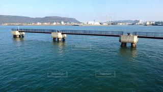 高松港の桟橋の写真・画像素材[1598316]