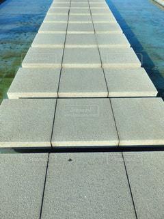高松市 サンポート噴水の歩道の写真・画像素材[1598363]