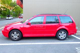 赤い車の写真・画像素材[2269286]