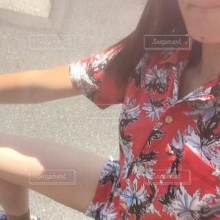 selfie を取る女性の写真・画像素材[1474498]