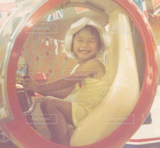 遊具で遊ぶ女の子の写真・画像素材[1478070]