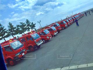ずらっと並ぶ消防車の写真・画像素材[1487986]