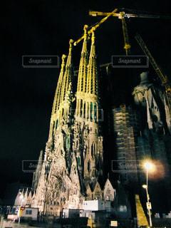 サグラダ ・ ファミリアの夜景の写真・画像素材[1626745]