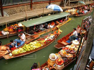 タイの水上マーケットの写真・画像素材[1587778]