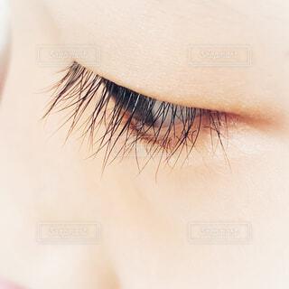 目のクローズアップ 長いまつ毛の写真・画像素材[4436359]