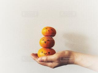 重なった果物。みかん。の写真・画像素材[4733175]