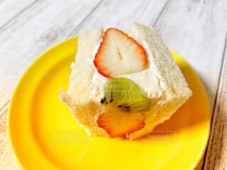 フルーツサンドイッチの写真・画像素材[4941812]
