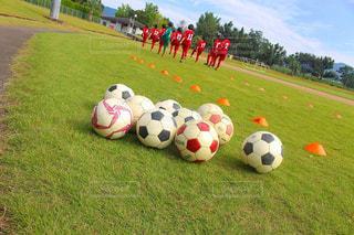 サッカー ボールのアップの写真・画像素材[1527410]
