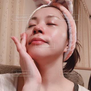 歯を磨く女性の写真・画像素材[2189808]
