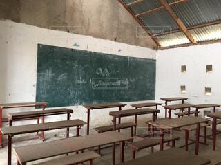 黒板と教室の写真・画像素材[1473483]