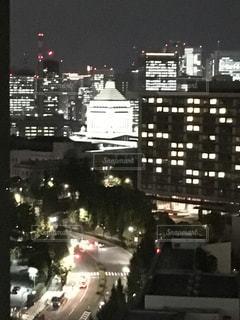 ライトアップされた国会議事堂の写真・画像素材[1527614]