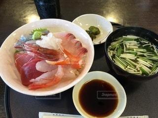 白エビ入り海鮮丼の写真・画像素材[3474422]