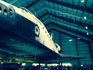 ロサンゼルスの博物館にあるスペースシャトルの写真・画像素材[1476418]