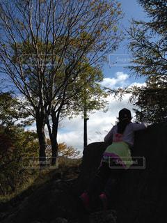 山登りの女の子の写真・画像素材[1480413]