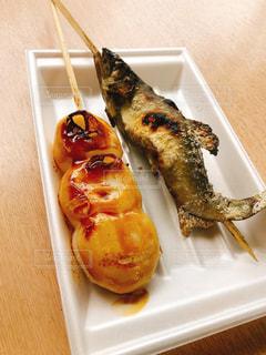団子とお魚の写真・画像素材[1481115]