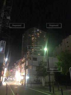 夜の街の景色の写真・画像素材[1481755]