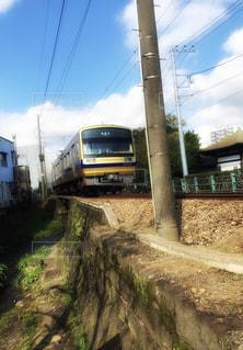 線路を走る伊豆箱根鉄道の電車の写真・画像素材[1611030]