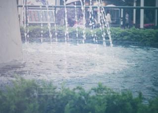 噴水の水滴の写真・画像素材[2186453]