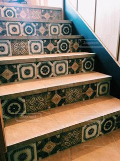おしゃれな階段の写真・画像素材[2372278]