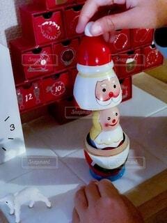 おもちゃを持つ手の写真・画像素材[2763475]