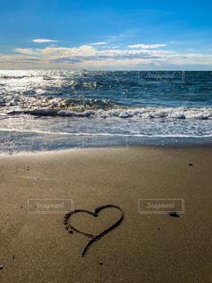 砂浜の落書きの写真・画像素材[1674217]