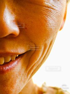 顔のシワの写真・画像素材[1739433]