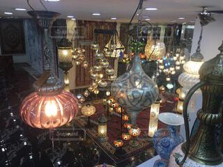トルコのイスタンブールのさまざまな照明の写真・画像素材[1495025]