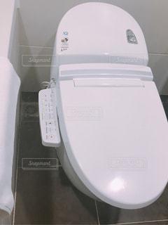 ホテルのトイレの写真・画像素材[1486994]