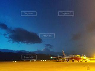 夜の空港の写真・画像素材[1502823]