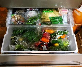 冷蔵庫がいっぱいの写真・画像素材[2040168]