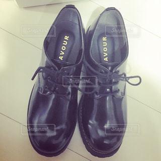 黒の靴の写真・画像素材[1010889]