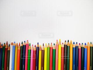 たくさんの色鉛筆とコピースペースの写真・画像素材[1511948]