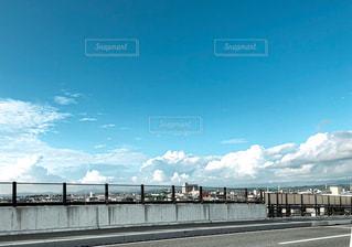 水域に架かる橋の写真・画像素材[2281495]