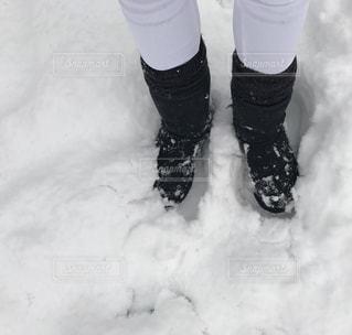 雪とUGGの写真・画像素材[1505752]