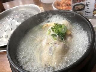 スープのボウルの写真・画像素材[1678442]