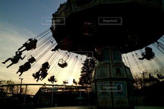 夕方の遊園地の写真・画像素材[1743831]