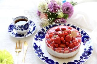 記念日ケーキの写真・画像素材[2120538]