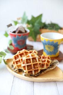 朝食のワッフルの写真・画像素材[2476729]