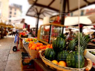 イタリアのマーケットの写真・画像素材[1505390]