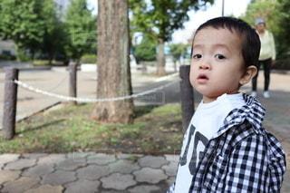 公園での息子の写真・画像素材[2779599]