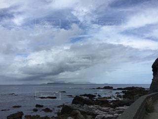 向こうに島の写真・画像素材[1549847]