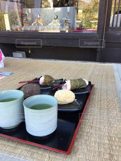 和菓子屋さんの軒先の写真・画像素材[1646540]