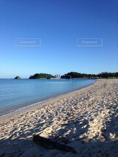 朝のビーチの写真・画像素材[1509382]