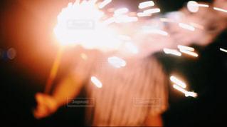 花火をする人の写真・画像素材[1656474]