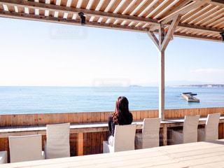 海を見渡せるカフェの写真・画像素材[1677054]