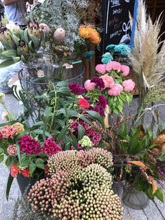 植物の花の花瓶の写真・画像素材[1512409]