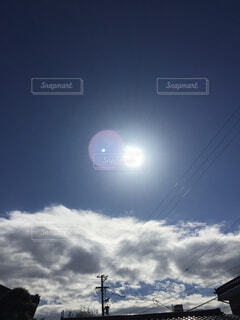 雲の上に太陽。の写真・画像素材[1513409]