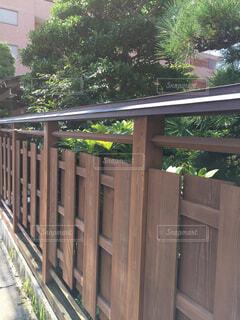 庭を囲む塀。の写真・画像素材[1522531]
